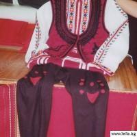 33 majka trakiiska nosiq